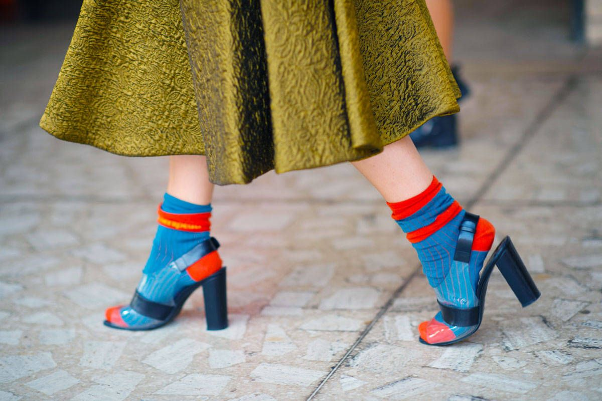 759b6b8992703 11 Heels with Stylish Socks - How To Pair Pumps and Socks