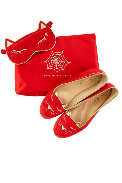 Product, Red, Carmine, Costume accessory, Beige, Maroon, Tan, Leather, Fashion design, Coquelicot,