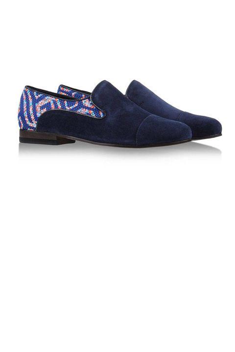Textile, Electric blue, Cobalt blue, Leather, Velvet, Dress shoe, Boot,