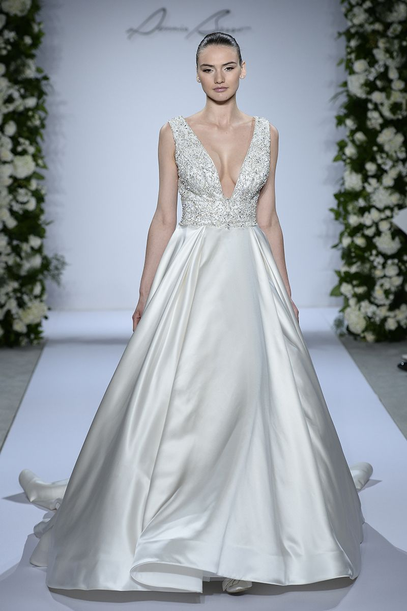 Fall 2015 wedding dresses best fall wedding gowns at bridal fall 2015 wedding dresses best fall wedding gowns at bridal fashion week junglespirit Image collections