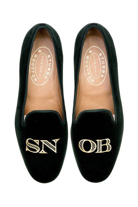 Footwear, Product, Brown, Shoe, Font, Tan, Black, Beige, Dress shoe, Material property,
