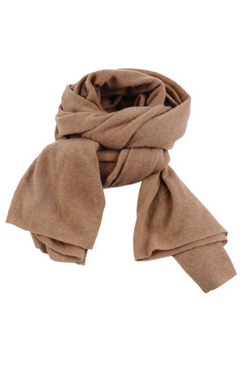 Brown, Textile, Khaki, Collar, Tan, Beige, Stole, Natural material, Fawn, Wrap,