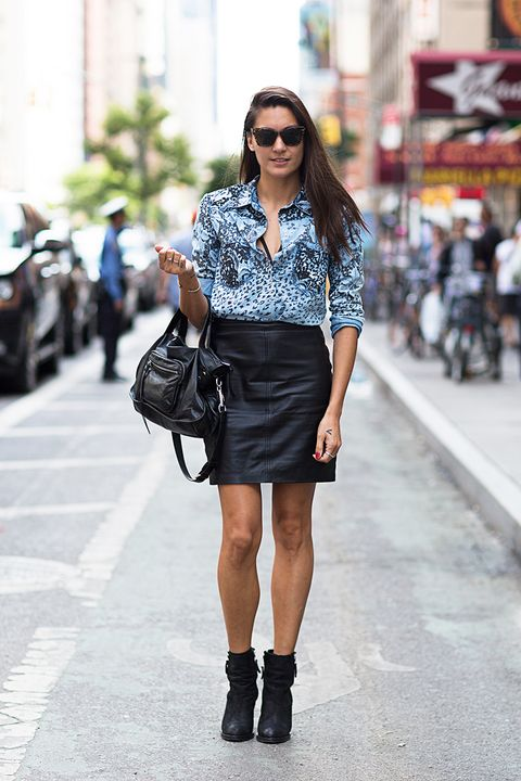 Clothing, Textile, Sunglasses, Outerwear, Bag, Style, Street fashion, Street, Fashion accessory, Knee,