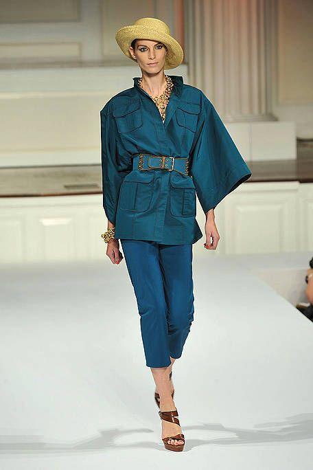 Sleeve, Shoulder, Fashion show, Hat, Joint, Style, Runway, Fashion model, Fashion, Street fashion,