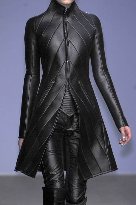 Clothing, Sleeve, Shoulder, Textile, Joint, Outerwear, Style, Fashion model, Leather, Jacket,