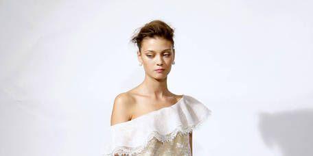 Sleeve, Human body, Human leg, Shoulder, Textile, Joint, Standing, Dress, One-piece garment, Waist,