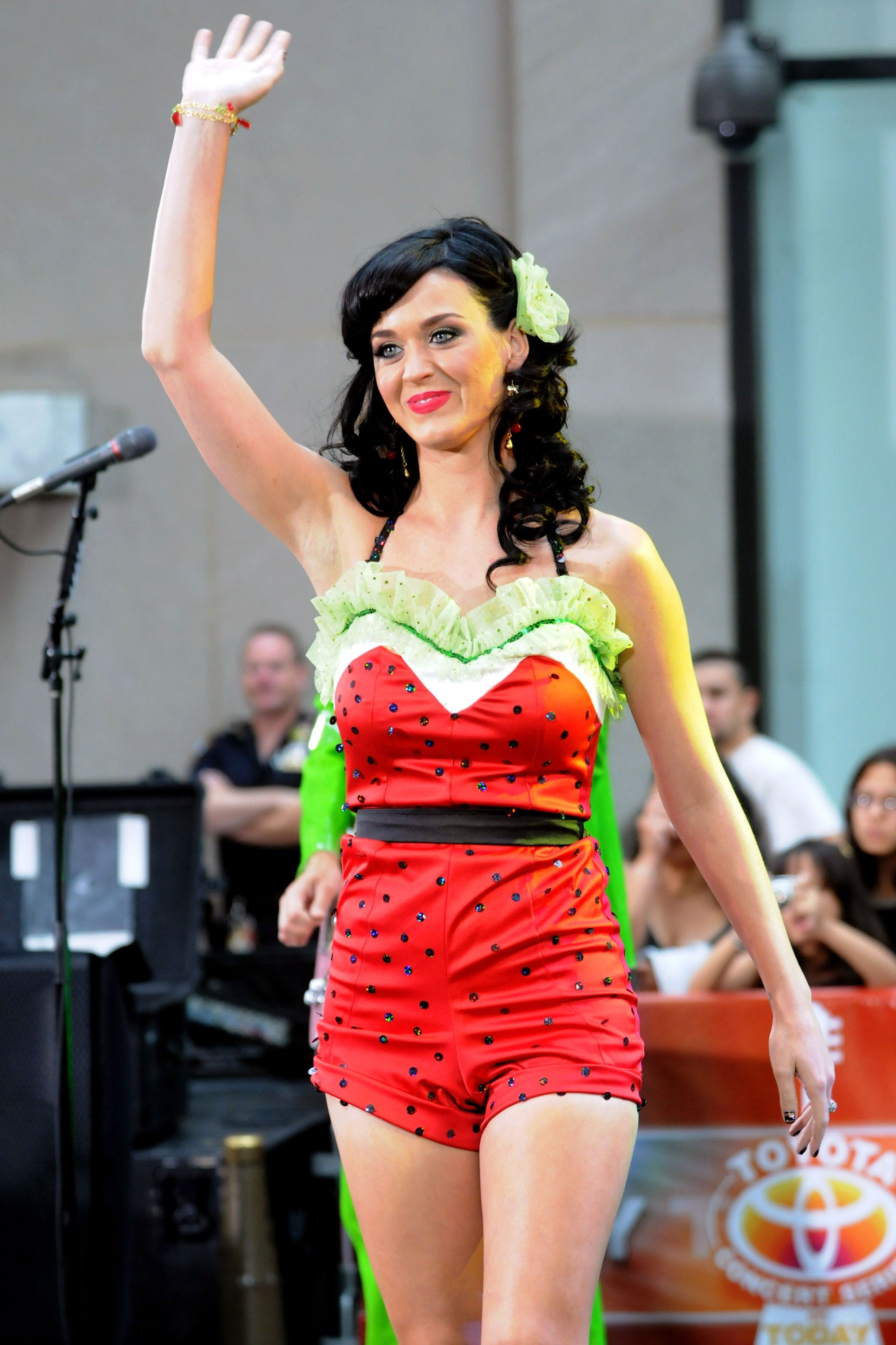21 Times Katy Perry Dressed as Food