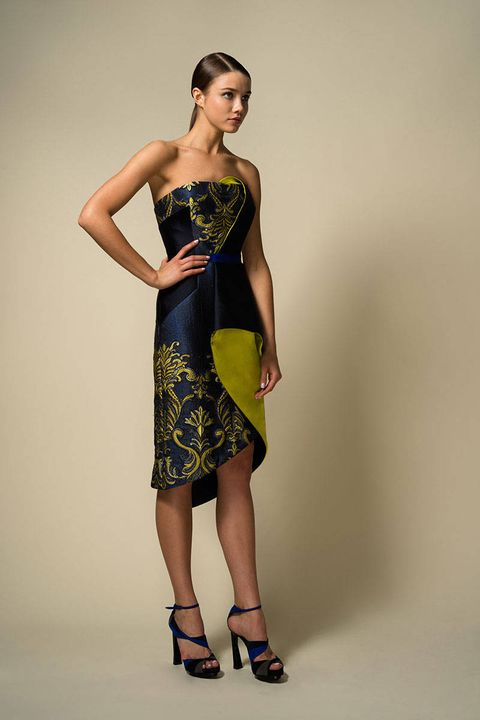 Sleeve, Dress, Shoulder, Human leg, Joint, Standing, One-piece garment, Waist, Style, Fashion model,