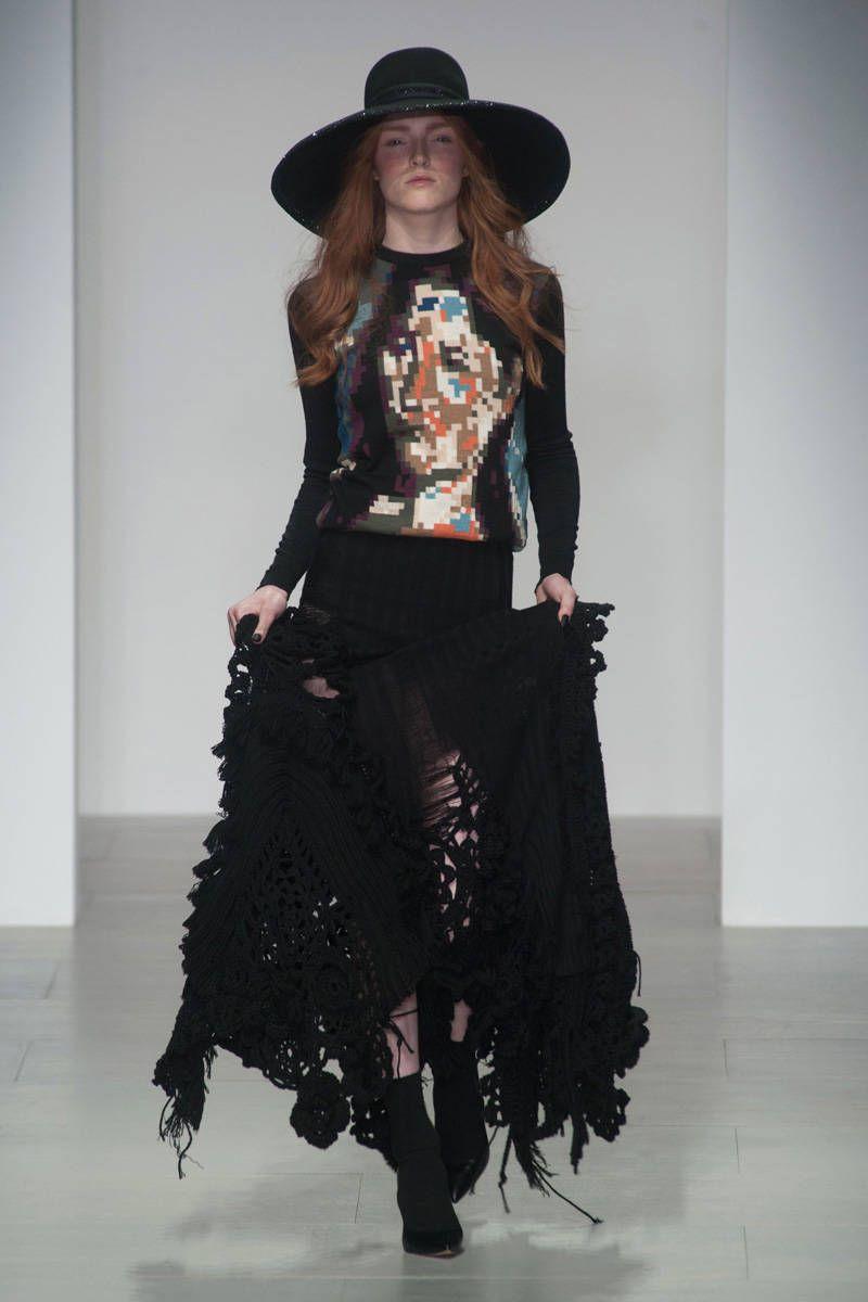 Fashion style A Style: in Her Week Dakota Fanning for girls