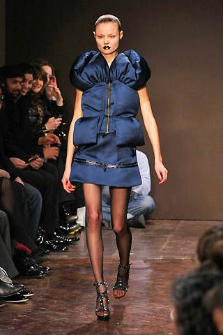 Giles Fall 2008 Ready-to-wear Collections - 001