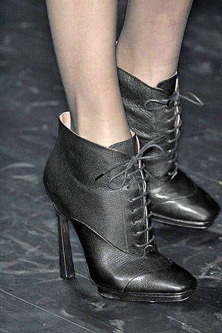 Missoni Fall 2008 Ready&#45&#x3B;to&#45&#x3B;wear Detail &#45&#x3B; 001