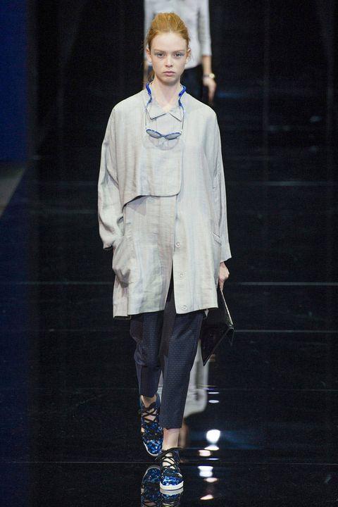 Emporio Armani Spring 2015 Ready-to-Wear Collection