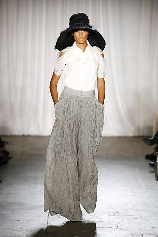 Christian Siriano Spring 2009 Ready-to-wear Collections - 001
