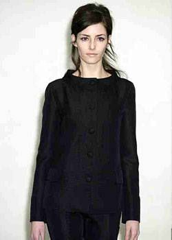 Katayone Adeli Fall 2003 Ready-to-Wear Detail 0001