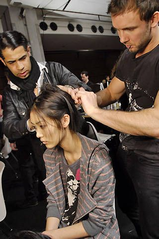 Emanuel Ungaro Fall 2008 Ready-to-wear Backstage - 001