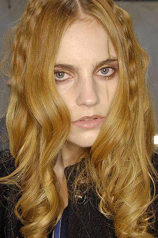 Nina Ricci Fall 2008 Ready-to-wear Backstage - 001