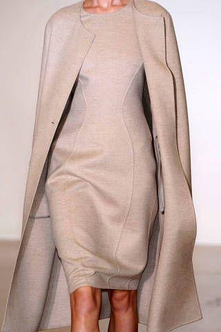 Sleeve, Shoulder, Human leg, Joint, Dress, Fashion, Neck, Grey, One-piece garment, Foot,