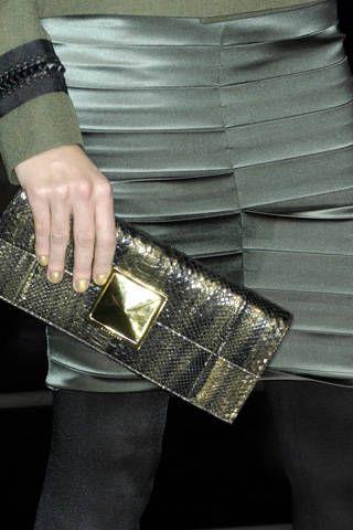 Textile, Denim, Wrist, Bag, Pattern, Pocket, Fashion, Wallet, Shoulder bag, Street fashion,