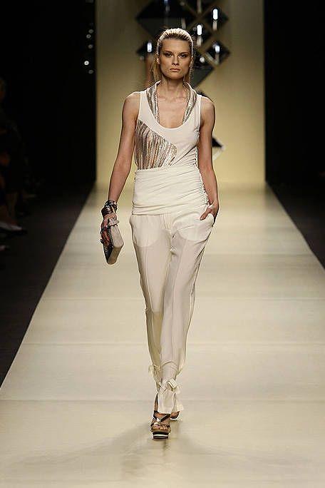Clothing, Shoulder, Joint, White, Fashion show, Style, Waist, Fashion model, Fashion accessory, Runway,