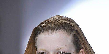 Lip, Hairstyle, Shoulder, Eyebrow, Mammal, Style, Eyelash, Beauty, Chest, Neck,