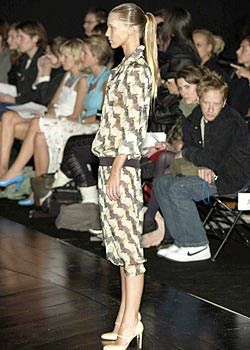 Warren Noronha Spring 2004 Ready&#45&#x3B;to&#45&#x3B;Wear Collections 0001
