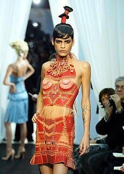 Jean Paul Gaultier Spring 2004 Haute Couture Collections 0001