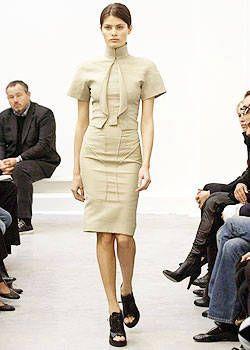 Balenciaga Spring 2004 Ready-to-Wear Collections 0001
