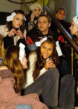 Jill Stuart Fall 2004 Ready-to-Wear Backstage 0001