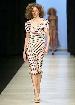 Missoni Spring 2004 Ready-to-Wear Collections 0001