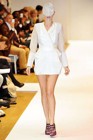 Modernist Spring 2009 Ready-to-wear Collections - 001