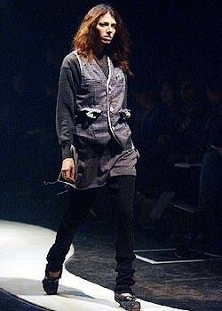 Undercover Fall 2004 Ready-to-Wear Collections 0001