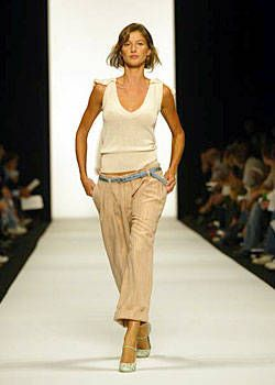 Marc Jacobs Spring 2004 Ready&#45&#x3B;to&#45&#x3B;Wear Collections 0001