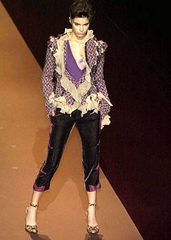 Emanuel Ungaro Fall 2004 Ready-to-Wear Collections 0001