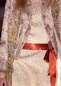 Christian Lacroix Fall 2004 Haute Couture Detail 0001
