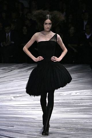 Alexander Mcqueen Fall 2008 Ready-to-wear Collections - 001