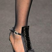 STEPHEN ROLLAND FALL 2011 HAUTE COUTURE DETAIL 001