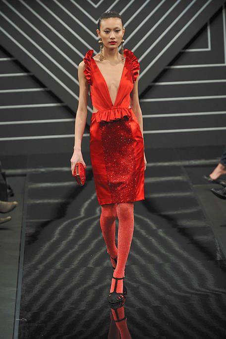 Footwear, Dress, Shoulder, Human leg, Joint, Red, Style, Jewellery, Fashion model, One-piece garment,