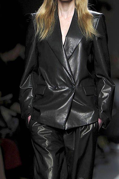 Clothing, Sleeve, Collar, Textile, Outerwear, Jacket, Style, Coat, Fashion model, Leather,