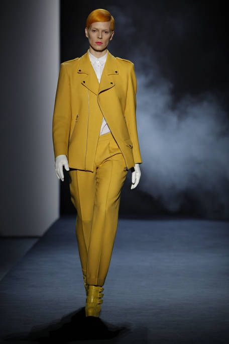 Human body, Sleeve, Collar, Coat, Outerwear, Suit trousers, Standing, Formal wear, Style, Pantsuit,