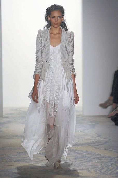 Human body, Shoulder, Floor, Textile, Flooring, Dress, Fashion, Fashion model, One-piece garment, Gown,