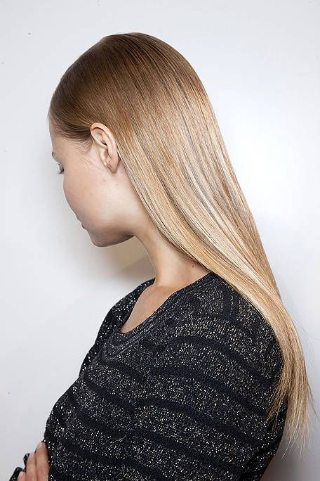 Brown, Hairstyle, Shoulder, Joint, Style, Beauty, Long hair, Neck, Blond, Brown hair,