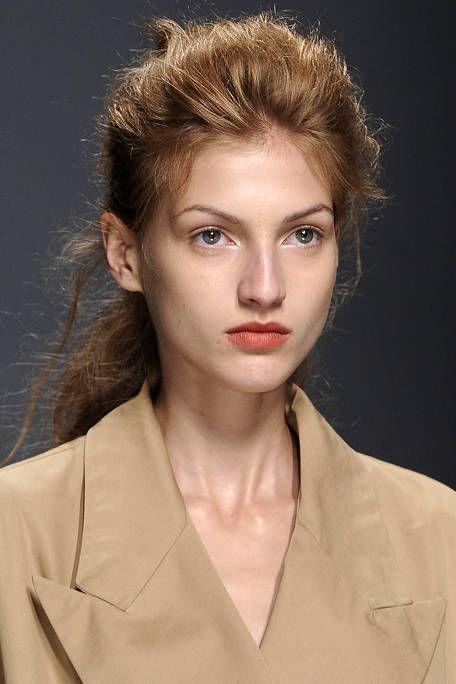 Hair, Nose, Lip, Cheek, Hairstyle, Chin, Forehead, Eyebrow, Eyelash, Collar,
