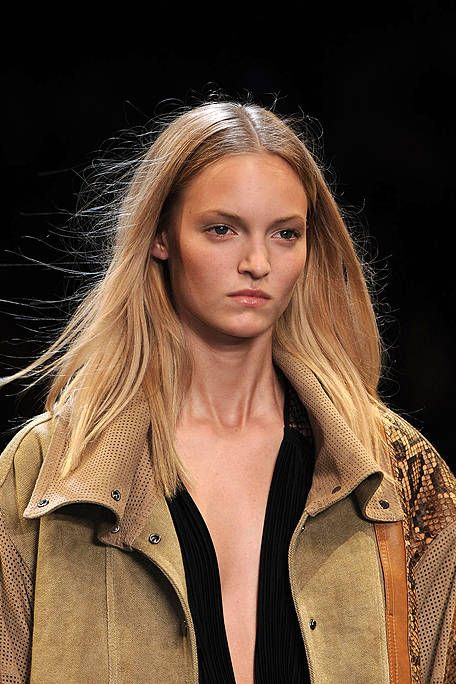 Clothing, Lip, Hairstyle, Eyebrow, Style, Street fashion, Fashion, Jacket, Blond, Long hair,