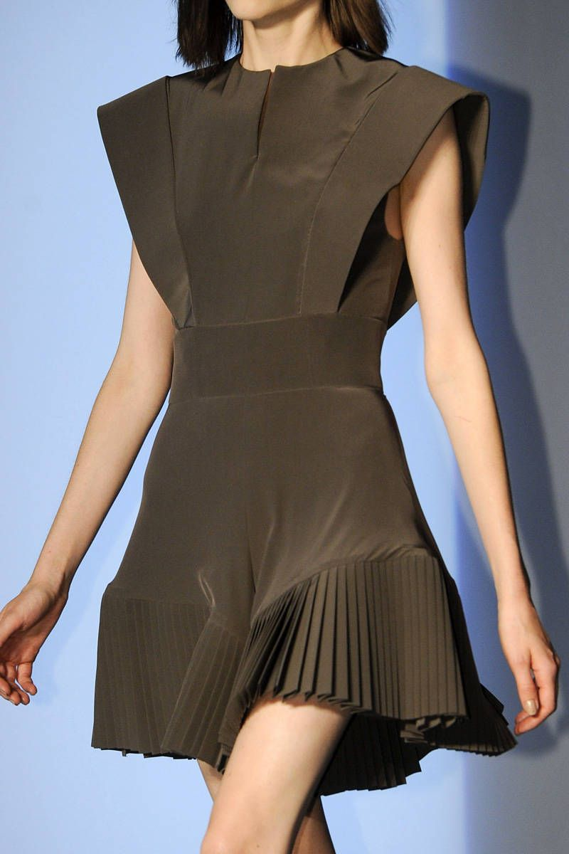mugler spring 2013 ready-to-wear photos