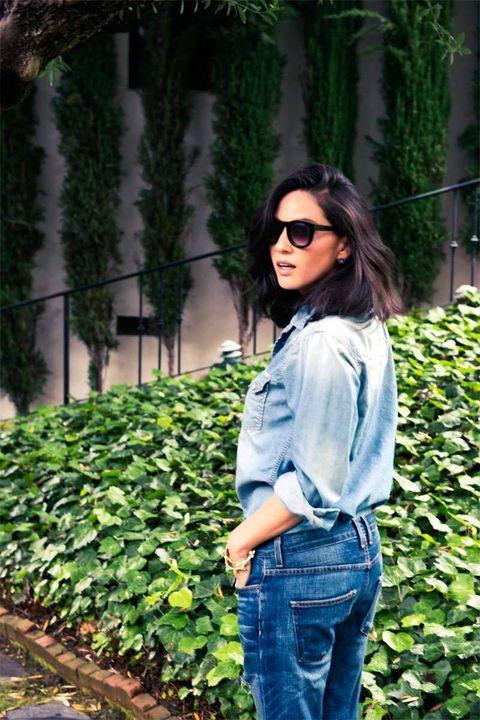 Clothing, Eyewear, Glasses, Green, Denim, Shoulder, Jeans, Sunglasses, Textile, Style,