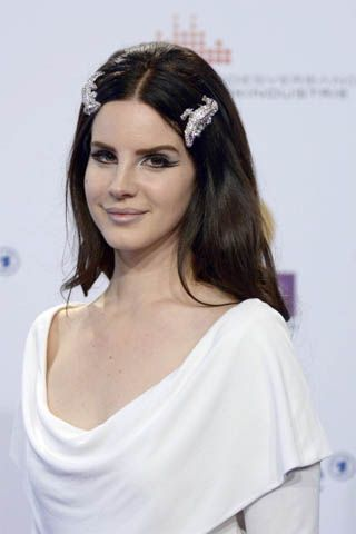 Quoted: Lana Del Rey Says Fame Is Getting In the Way of Songwriting