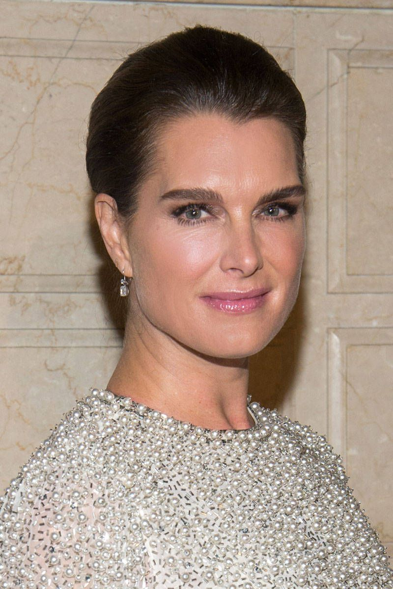 Brooke Shields Teams Up With Mac Cosmetics Brooke Shields