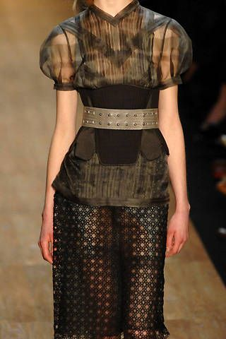 Max Azria Fall 2008 Ready&#45&#x3B;to&#45&#x3B;wear Detail &#45&#x3B; 001