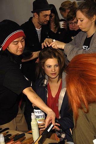 Thakoon Fall 2008 Ready&#45&#x3B;to&#45&#x3B;wear Backstage &#45&#x3B; 001