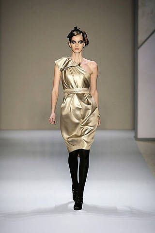 Monique Lhuillier Fall 2008 Ready&#45&#x3B;to&#45&#x3B;wear Collections &#45&#x3B; 001